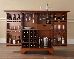 Tủ Rượu Gỗ Gỏ Đỏ Cho Ngôi Nhà Đẹp -028