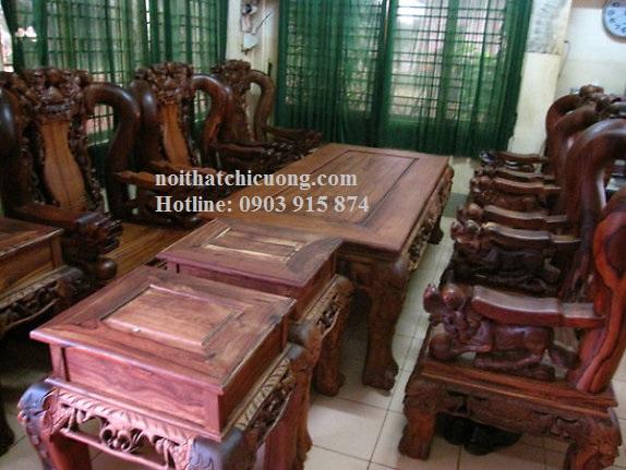 Bộ Bàn Ghế Phòng Khách Bằng Gỗ Cẩm Lai -053